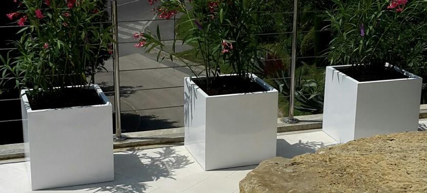 Coltivare fiori in casa con le fioriere da balcone mia blog - Fioriere da balcone ikea ...