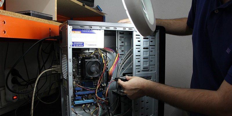 Riparazione del computer è un compito impegnativo